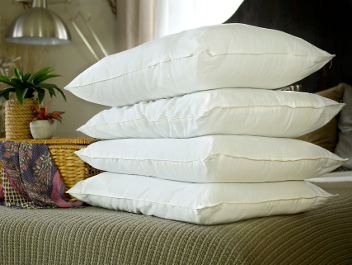 Silk-filled pillows from Silk Bedding Direct