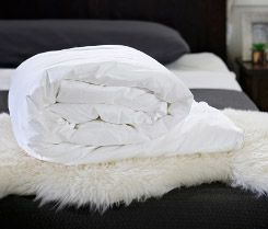 Long-strand mulberry silk-filled duvet from Silk Bedding Direct
