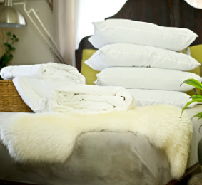 Super king size all-seasons mulberry silk-filled duvets and 4 silk-filled pillows