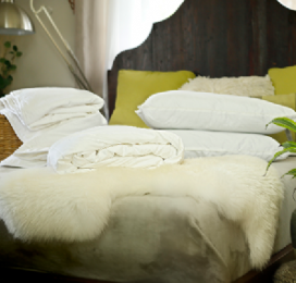 Super king size all-seasons mulberry silk-filled duvets and 2 silk-filled pillows