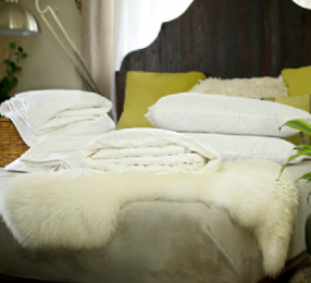 Super king size summer mulberry silk-filled duvet plus a mattress topper and 2 silk-filled pillows